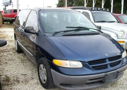 Featured_2000_dodge_caravan-pic-760427448335369304-1024x768_11804