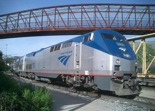 Featured_amtrak_train_14665